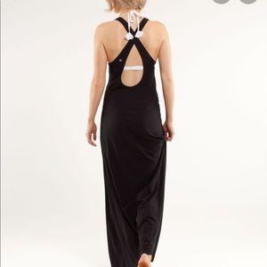 Dresses & Skirts - Lululemon Heatwave Maxi Dress
